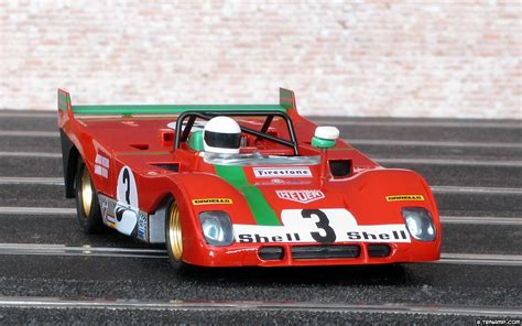 Not that much differences at first sight, but quite difficult job overall, particularly on the two air intakes and the convexity of the front bonnet. Sloter 400105 - Ferrari 312 PB. Winner, Targa Florio 1972