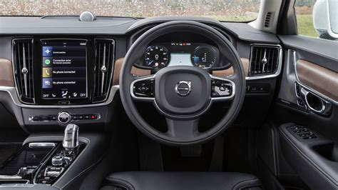 volvo   twin engine plug  hybrid review car magazine