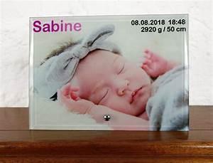 Bild Mit Geburtsdaten : glasbild mit foto und geburtstaden zur geburt bild mit babydaten und foto bild aus glas ~ Frokenaadalensverden.com Haus und Dekorationen