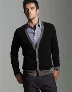 What to Wear with Black Cardigan Men