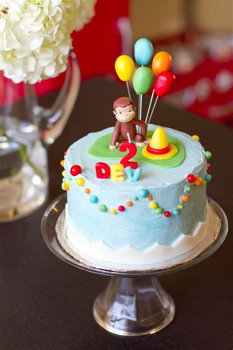 ideas  curious george cupcakes  pinterest