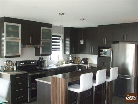 kitchen cabinets with countertops cuisine en m 233 lamine et comptoir lunch cuisine classique 9534