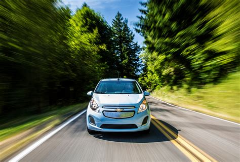 Best Electric Vehicle Range by Top 10 Electric Cars With The Best Range For 2015 Carrrs