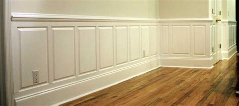 Wainscoting Layout Calculator