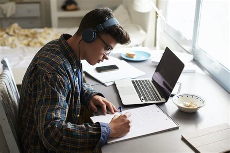 Does Music Help You Study? The Science Behind Sound and Learning