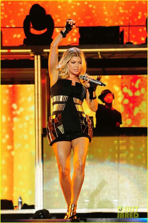 fergie black eyed peas farewell concert photo