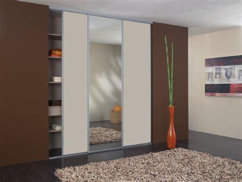 rideaux pour placard de chambre rideau coulissant pour placard affordable rideau de