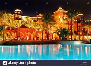 Grand Resort Hurghada Bilder : pool and grand resort hotel hurghada egypt africa stock photo royalty free image 25959841 ~ Orissabook.com Haus und Dekorationen