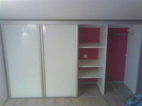 mobilier chambre ado chambre ado sous pente idées de décoration et de