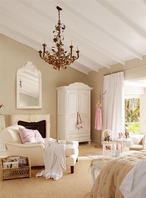 chambre style romantique chambre à coucher de style shabby chic en 55 idées