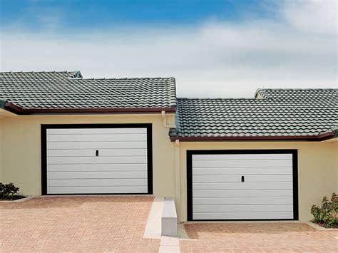 Coibentare Porta Garage by Porte E Portoni Sezionali Tecnofinestra