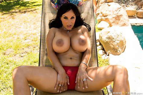 Balls Deep In The Deep End With Holly Halston Brazzers