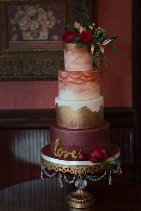 Gorgeous Fall Wedding Cakes Were Drooling Over Southern