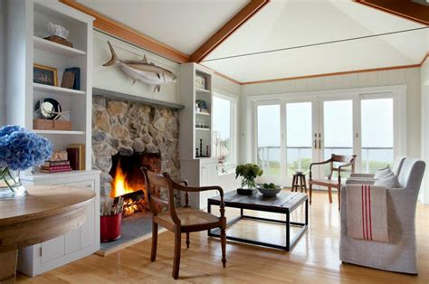 cozy beachfront cottage style bungalow  rockport
