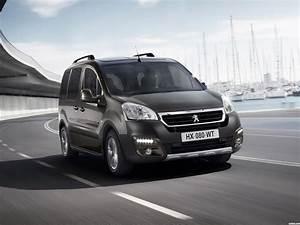 Peugeot Partner Tepee Outdoor : fotos de peugeot partner tepee outdoor 2015 ~ Gottalentnigeria.com Avis de Voitures