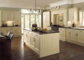 country kitchen ideas uk country kitchen kitchenfindr kitchenfindr co uk