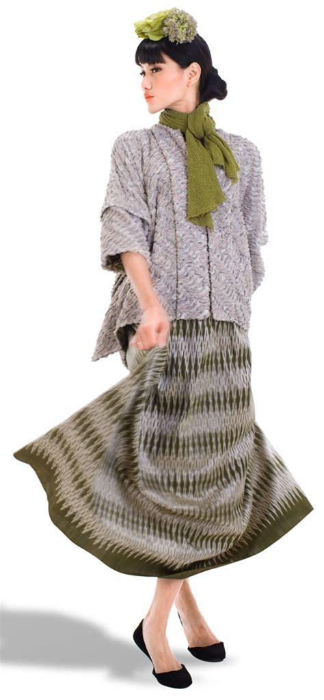 fashion  collection  oscar lawalata indonesia
