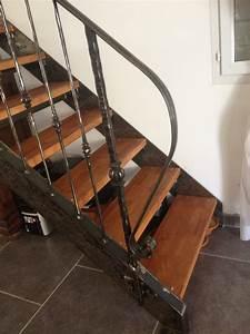 Marche Bois Escalier : rambarde d 39 escalier en fer forge avec marches en bois martigues m tal concept ~ Voncanada.com Idées de Décoration