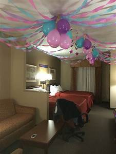 Party Room Ideas 25 Best Ideas About Birthday Room ...