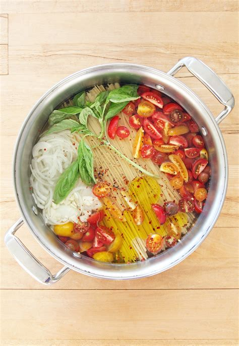 pot cuisine one pot pasta with tomatoes popsugar food