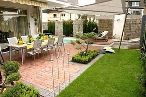 Terrasse Dekorieren Modern : gartengestaltung terrasse ~ Fotosdekora.club Haus und Dekorationen