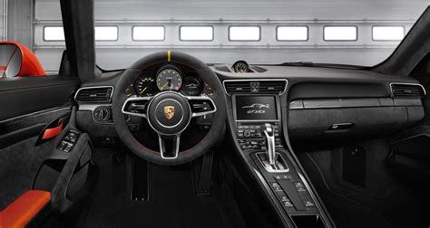2016 Porsche 911 GT3 RS Interior Detail Pictures