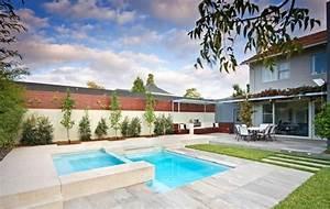 Piscine Avec Jardin. comment bien integrer votre piscine a votre ...