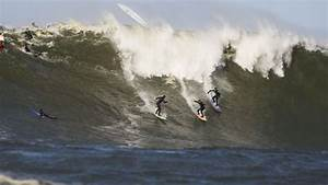 Burle blogs first winter swell at Mavs   Surf Europe