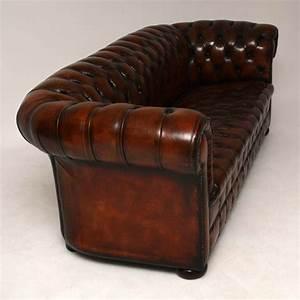Chesterfield Sofa 3 Sitzer : antikes tief gekn pftes leder chesterfield 3 sitzer sofa ~ Bigdaddyawards.com Haus und Dekorationen