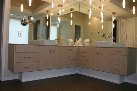 Modern Master Bathroom Vanities by Stylish And Space Efficient Bathroom Vanity Cabinet Ideas
