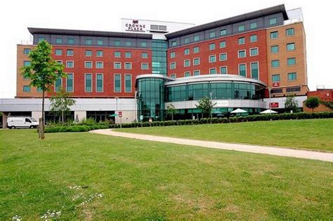 Guest Room Sofa Bed by Crowne Plaza Birmingham Nec Unbeatable Hotel Prices For