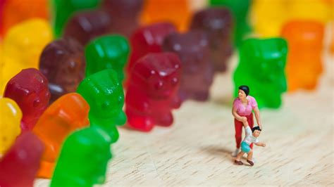 Why Sugar Free Gummy Bears Are Super Laxatives Youtube