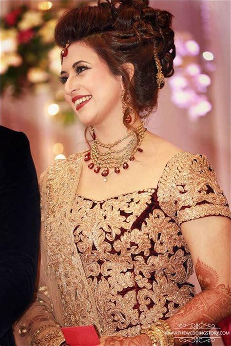 divyanka tripathi  stunning   wedding reception