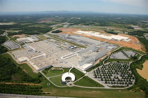 Bmw Plant Greenville Sc by Bmw Increases Workforce At Spartanburg Plant