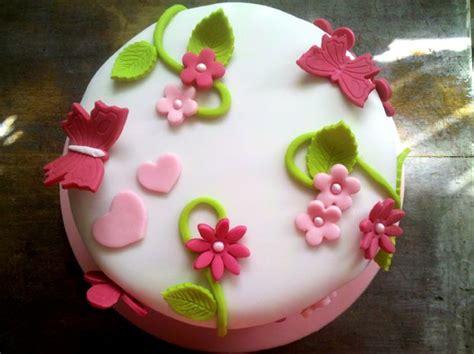 decoration gateau pate  sucre facile
