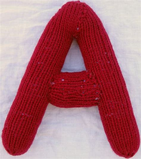 how to knit letters knitting patterns 3d alphabet chapman s knitting 43149