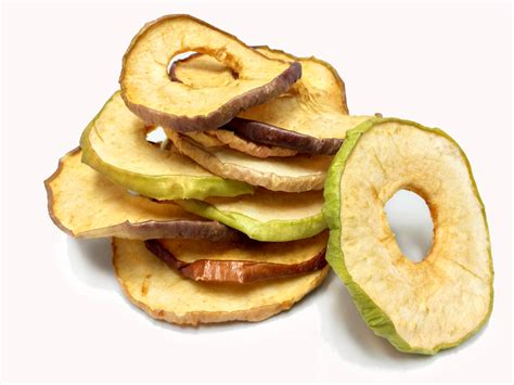 images cuisines dehydrated apple chips healthy snack in resealable