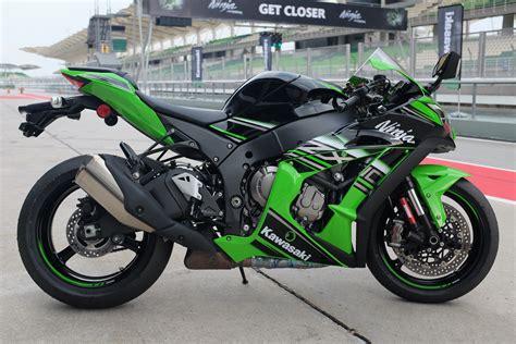 Kawasaki Zx10r Specs by 2016 Kawasaki Zx 10r What S New Visordown