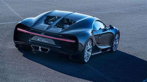 This unique masterpiece generates an incredible 1,500 hp and 1,600 nm of torque, with an almost linear power output between 2,000 and 6,000 rpm. Bugatti Chiron cold starts in Monaco, sounds mean
