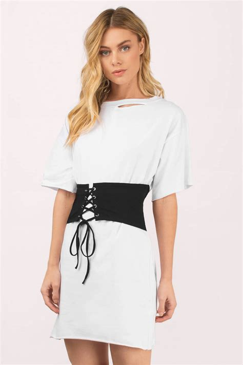 chagne color dress shirt keep me white black waistbelt t shirt dress tobi gb