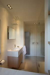 4 Qm Bad Gestalten : die besten 17 bilder zu dachboden auf pinterest toiletten zeitgen ssische badezimmer und ~ Bigdaddyawards.com Haus und Dekorationen