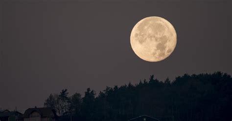 supermoon super moon