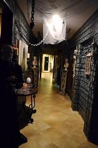 Best 25+ Haunted house decorations ideas on Pinterest