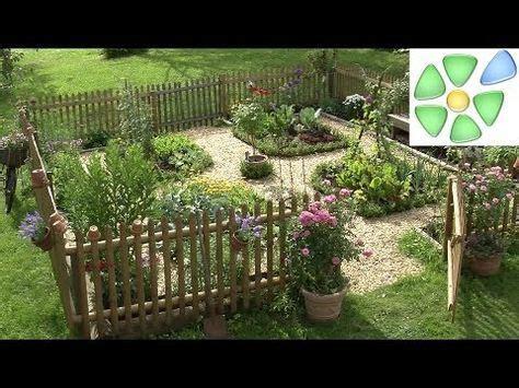kräutergarten anlegen beispiele die besten 25 beeteinfassung holz ideen auf garten ideen pflanzen beeteinfassung