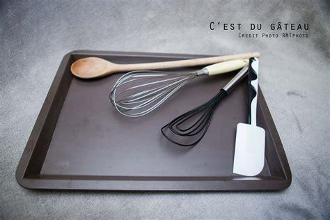 materiel cuisine patisserie le matériel de base pour débuter en pâtisserie c 39 est du