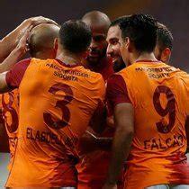 Galatasaray istedi Philip Cocu aldı - - Spor Haberleri