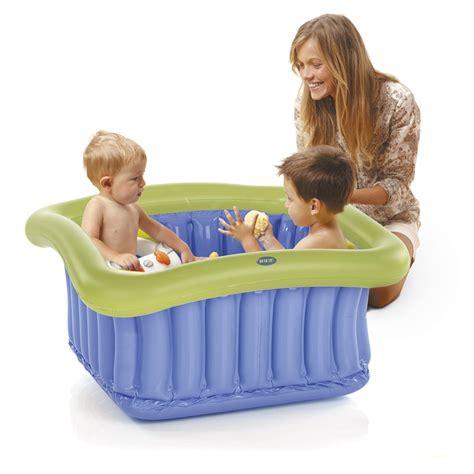 siege bebe pour baignoire baignoire bébé gonflable pour espace 60x60cm de