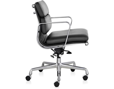 eames 174 soft pad management chair hivemodern