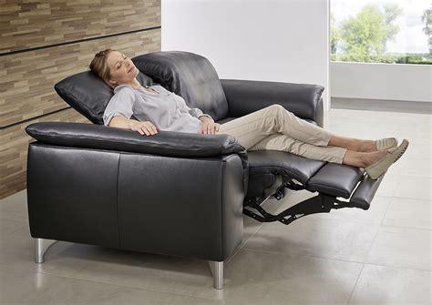 canapé cuir confortable le canape en cuir est il confortable de seanroyale