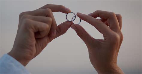 why you should always wear your wedding ring faithful